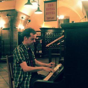 Julian Schmitz, Livekonzert im Barfüßer Nürnberg