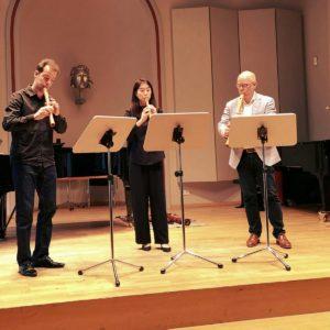 Julian Schmitz beim Konzert mit Consortblockflöten in der Hochschule für Musik Detmold