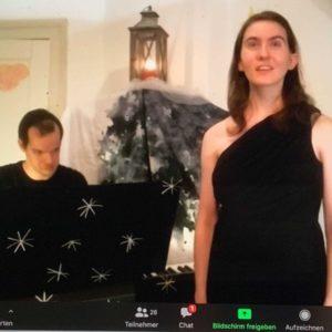 Julian Schmitz und Carolin Franke beim Wohnzimmerkonzert mit Liveübertragung im Internet